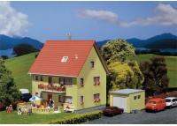 casa pentru 2 familii - H0 FALLER 131277